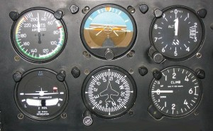 6 Basic Flight Instruments