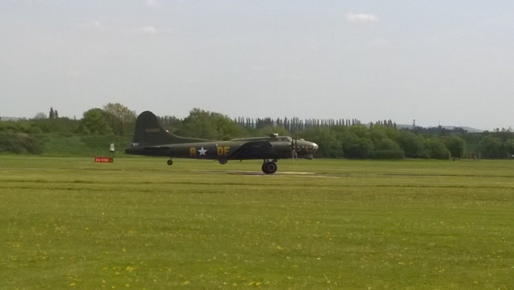 B-17 : Sally B at Cambridge